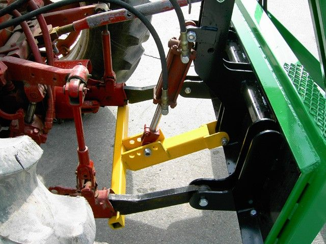 Tree Spade - 3-Point Down Pressure Hydraulic System